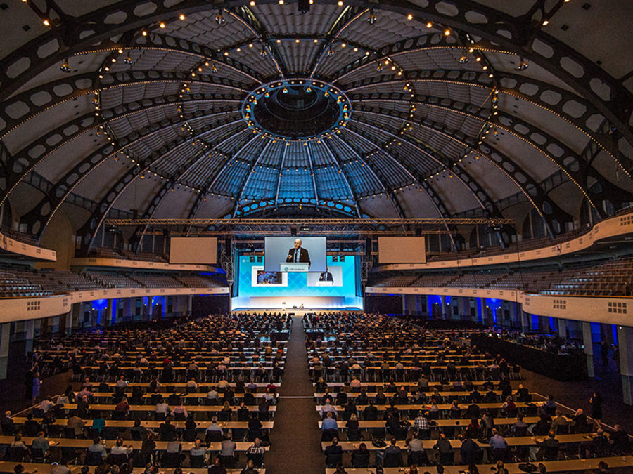 Festhalle Frankfurt Kapazität